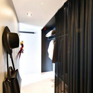 2階寝室 ウォークインクローゼット